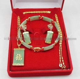 Wholesale natural sapphire pendant silver - Natural Green Jade Inlay Link Bracelet earrings Necklace Pendant Set