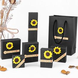 Conjuntos de jóias de girassol on-line-[DDisplay] Muji Estilo Black Jewelry Set Caixa, Trend Lovers Ring Case, Caixa de Jóias Agradável para Colar, Festival Girassóis Pulseira de Exibição