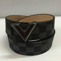 Cinturones de diseñador de los hombres CALIENTES Cinturón de alta calidad Diseñador de lujo Cinturones de alta calidad de las señoras de cuero de las mujeres Cinturones de la carta de calidad NO caja 001 desde fabricantes