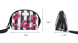 Wholesale classic cosmetics - Love Pink Cosmetic Makeup Bag Train Case Classic Portable Double Zipper Make Up Storage Wash Bag Cases Multifunction Pouch for Women