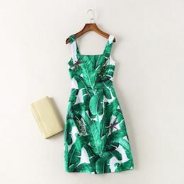 Банановый ремешок онлайн-Новый 2017 летняя мода женская мода зеленое платье с блестками мило бисером банановый лист печати жаккардовые платья спагетти ремень