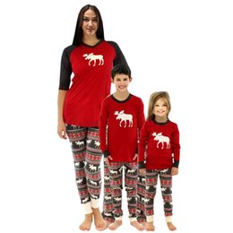 Clothes Red Christmas Pajamas Suit New 2018 Deer Print Mother Father   Kids  Family Sleepwears Parent-child Outfit 0fd5aa2de