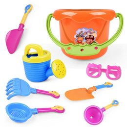 Wholesale kids beach toys set - 9PCS Baby Playing With Sand Water Beach Bucket Sunglass Toys Set Dredging Tool For Children Baby Kids Sandy Beach Toy Outdoor Games OOA4961