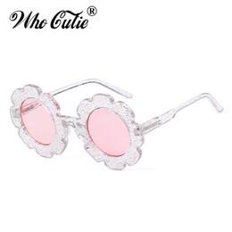 Bambini piccoli fioriscono il ragazzo online-WHO CUTIE Round Flower kids occhiali da sole Brand Designer Girl Boy Goggles Cute Baby Occhiali da sole UV400 Lens Shades Bambini OM747