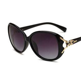 Wholesale Fox Sunglasses - New polarized sunglasses fox head Europe and the United States fashion lady sun glasses for women travel Shopping Fashion Accessory Vintage