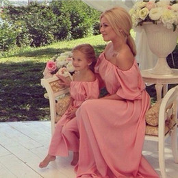 Wholesale single shoulder long dress pink - Kids Clothing Dresses Family Matching Outfits Summer Off Shoulder Long Elegant Party Solid Mom and Daughter Wedding Dress