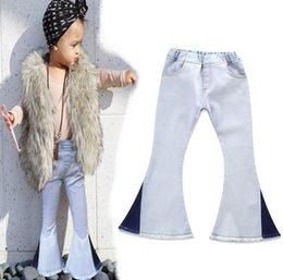 Stivali bianchi online-2018 Denim Jeans da bambina con stivaletto da gamba Shinny Gamba da bambino Gradient Denim To White Contrast Patchwork Elastico da vita alta con piccolo pantaloni 1-7T