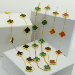 Wholesale Necklaces Yellow Stone - The Middle East hot shell agate stone bead edge multicolor Clover Necklace 18 karat gold plated copper