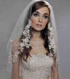 Wholesale Elbow Length Lace Veil - In Stock White Ivory Short Lace Appliques Two Layer Beaded Elbow Length Tulle Wedding Bridal Veil