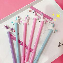 niñas bolígrafo Rebajas 36 unids Unicornio de dibujos animados pluma de gel 0.5mm bolígrafo Bolígrafo de color negro regalo de la muchacha Papelería Oficina Material escolar Canetas escolar A6884