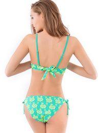 Canada Nouveau haut de gamme broderie en trois dimensions tissu bikini grande taille explosion triangle bikini cheap embroidery bikini Offre