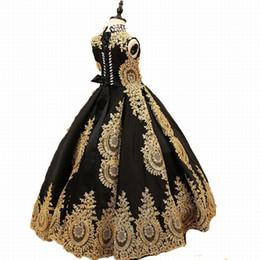 Camicia collare nera online-Pageant Kids Collo alto Pizzo dorato Tulle nero Flower Girl Dresses Per la lunghezza del pavimento della ragazza della sposa Bambino Vestito da compleanno del partito ytz288