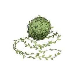 cestini decorativi Sconti 20 m panno simulazione foglia accessori faux verde foglie rattan foglia artificiale ghirlanda casa giardino arredamento cesto negozio di luce decorazione