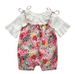 b3631b035 Bebê meninas roupas florais recém-nascidos bonito conjunto de roupas de  renda rendas t-shirt + macacão 2 pcs terno criança macacão infantil laço  infantil ...