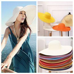 Sombrero plegable de la playa del verano de las mujeres Sombrero de paja  Sombrero ancho Ancho Grande Floppy Sun moda casquillo ocasional al aire  libre ... b408a798f32