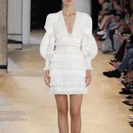 Argentina sexy 2018 moda mujer vestido de una sola pieza de manga larga diseñador de marca V cuello discotecas vestidos blanco Suministro