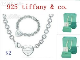 Wholesale earring christmas gift boxes - Free Shipping 2018 Hot Tiff925 Silver fashion jewelry necklace and bracelet original packaging gift boxes N2 Set HOT