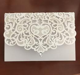 Lasergeschnittene einladungen china online-2018 NEUE Vintage Hochzeit Liefert China Laser Cut Luxuriöse Hochzeitseinladungen Red Elegante Hochzeitseinladung Papierkarten 50 stücke