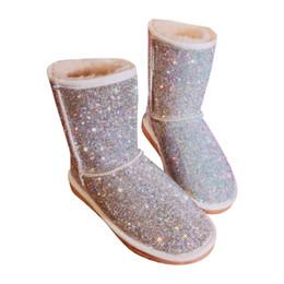 Bottes en cristal de neige en Ligne-EU43 Grande Taille Chaud Bottes D'hiver Femmes Strass Fait À La Main Neige Bottes Chaussures De Fourrure Femme 2018 Mode Bling Cristaux Mi-mollet