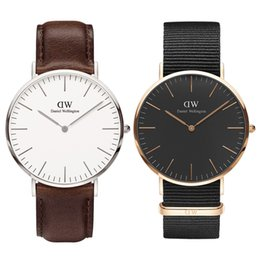 часы роскошный мужчина Скидка Известный Daniel Watch Luxury Designer мужские часы 36 40 мм Top Man женщины военные золотые наручные часы женские часы Montre de luxe