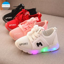 2018 New LED lights baby casual shoes glowing sports shoes for 1 to 5 years  old boys and girls soft newborn walk running shoe ec4f2918cbdf