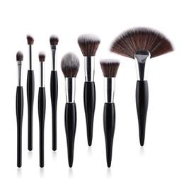 Wholesale professional blush brush - 8 Pcs lot Professional Makeup Brushes Set Fan shape makeup brush Powder Blush Foundation Eyeshadow Make Up Brushes cosmetic makeup tool