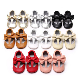 Wholesale hollow bow shoes - Genuine Leather Baby tassel First Walkers Infants moccasins soft bottom Shoes Hollow Bow Toddler shoes 8 colors C3798