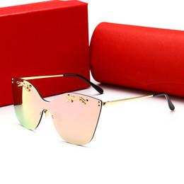 2019 lunettes de soleil à film réfléchissant Nouvelles dames rétro lunettes de soleil en plein air touriste photographie de rue lunettes de soleil film coloré lunettes réfléchissantes 00112 Livraison gratuite 6 couleurs lunettes de soleil à film réfléchissant pas cher