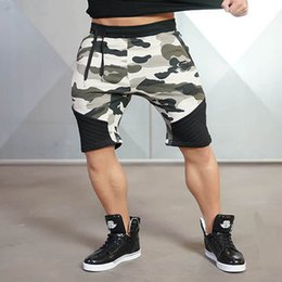 Wholesale Runners Knee - Men Camouflage Gyms Shorts Bodybuilding Knee Lenght Pants Casual Trousers Fashion Brand Runner Short Pants