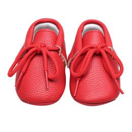 reine spitze hart Rabatt Baby-Kind-pädiatrische Schuhe reine Farbe PU harte Unterseite Schnürschuhe zufälliger erster Wanderer für Baby 0 bis 24 Monate