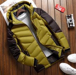 Otoño e invierno al aire libre nuevo caucho hombres abajo chaqueta corta gruesa gran tamaño abajo hombres chaqueta desde fabricantes