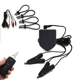 anneaux de bites Promotion Ensemble à télécommande sans fil, anneaux de pénis de choc électrique / anneaux de coq pinces de mamelon de choc électro / agrafes de mamelon jouets sexuels pour les couples