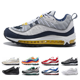 Wholesale cheap beach shoes - cheap 98 shoe South Beach Thunder Blue Gundam Cone Men running shoes Triple Black White Gym Red AOP Tour Yellow sports Trainers Sneaker