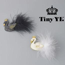 2018 White / Black Swan Hair Clips con corona d'oro con piume Principessa Forcelle per bambini Bambini Accessori per capelli da accessori per capelli bianchi oro fornitori
