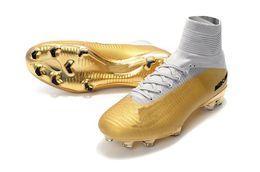 Homens sapatos de futebol de interior on-line-2018 Crianças homens Chuteiras de Futebol Ouro Branco CR7 100% Originais Crianças homens Sapatos de Futebol Interior Mercurial Superfly V FG