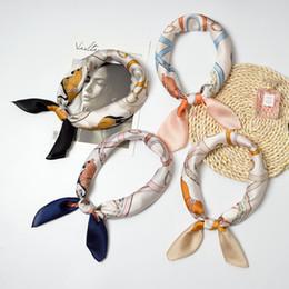 carré de soie à cheval Promotion Femmes Bandana Cheval Impression Petit Carré Foulard En Soie Femme Foulards De Haute Qualité Foulard 2018 Foulard Top Châle Hijab