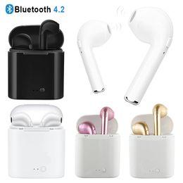Caisses casques en Ligne-I7 I7S TWS Twins Bluetooth Écouteurs Mini Écouteurs Sans Fil Casque avec Micro Stéréo V4.2 Casque pour Iphone Android Avec Boîte de Charge