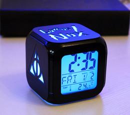 Usato hp online-NOVITÀ HP Clock 3D home Decorazioni per camerette per bambini stereo colore della luce della sveglia uso batterie USB Luci colorate a LED