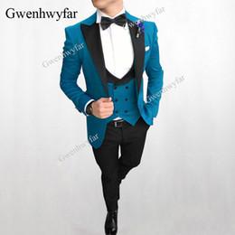 afea73d4bbca Gwenhwyfar 2018 Hommes À Double Boutonnage Gilet Costumes Bleu De Paon  Marié Tuxedo Pour Hommes Costumes De Bal Meilleur Homme Porter Blazer 3  Pièce
