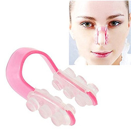 Clip di shaper del naso online-Health Care New Shaping Shaping Ponte di sollevamento Straightening Beauty Clip Nose Clamp No Pain Lift Straightening Naso Makeup Tool