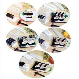 мастер-наборы инструментов Скидка 1 комплект (10шт) Суши Мастер чайник комплект рис плесень сделать набор кухонных инструментов с рецептом