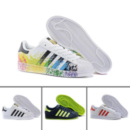 sale retailer dff69 3d03b 2019 scarpe iridescenti 2018 Adidas Superstar smith Original White Hologram  Iridescent Junior Oro Superstars Sneakers Originals