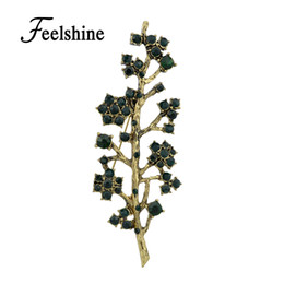 Broches de diamantes de imitación antiguos online-New Luxuriant Green Rhinestone Antique Gold-Color Tree Shape Brooch for Fashion Lady