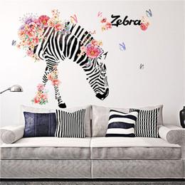 2019 etiquetas vinil da família Diy casa de família adesivo de parede zebra padrão removível mural decalques sala de arte de vinil art flor zebra tv backgrounddecor 90 * 60 cm etiquetas vinil da família barato