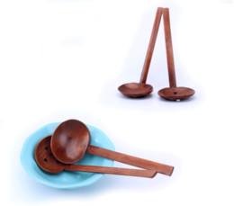cucharas de sopa japonesas Rebajas Nuevo diseño Mesa de madera Turtle Soup Spoon japoneses ramen de madera de mango largo Colador Hot Pot Cuchara práctico y duradero