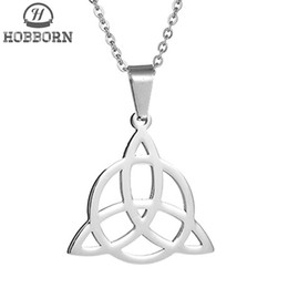2019 подвеска трикета HOBBORN Vintage Men Pendants & Necklaces 316L Stainless Steel Irish Viking Triquetra Symbol Charm Necklace Mystic Jewelry Gift скидка подвеска трикета