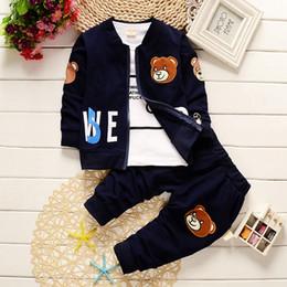 Canada 2018 bébés garçons vêtements printemps automne ensembles 3PCS Toddler Infant coton manteau à manches longues + veste de bande dessinée + pantalon de sport cheap infant boys spring jackets Offre