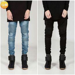 Mens branco calça jeans on-line-Streetwear Mens Rasgado Motociclista Jeans homme moda Motocicleta Slim Fit Preto Branco Azul Moto Denim Calças Corredores Skinny masculino