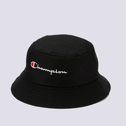 summer garden hats Coupons - C Letter Black And White Couple Hats Spring Summer New Sunshade Hats Men Women Fishermen's Cap Easy Fold Caps Wholesale