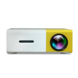 lecteur vidéo audio portable Promotion Projecteur Portable LED 400-600LM 3.5mm Audio 320 x 240 Pixels YG-300 HDMI Mini Projecteur Accueil Media Player YG320
